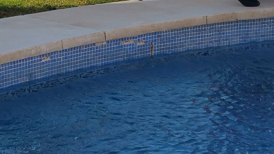 reparacion fuga piscina